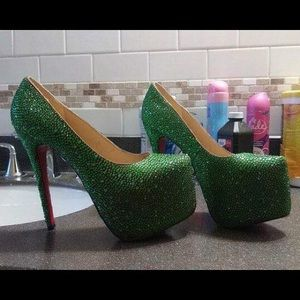 Christian Louboutin green heels like new